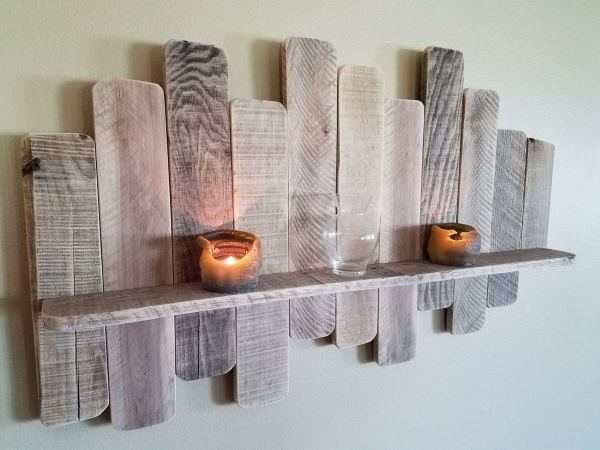Diy Pallet Board Shelf